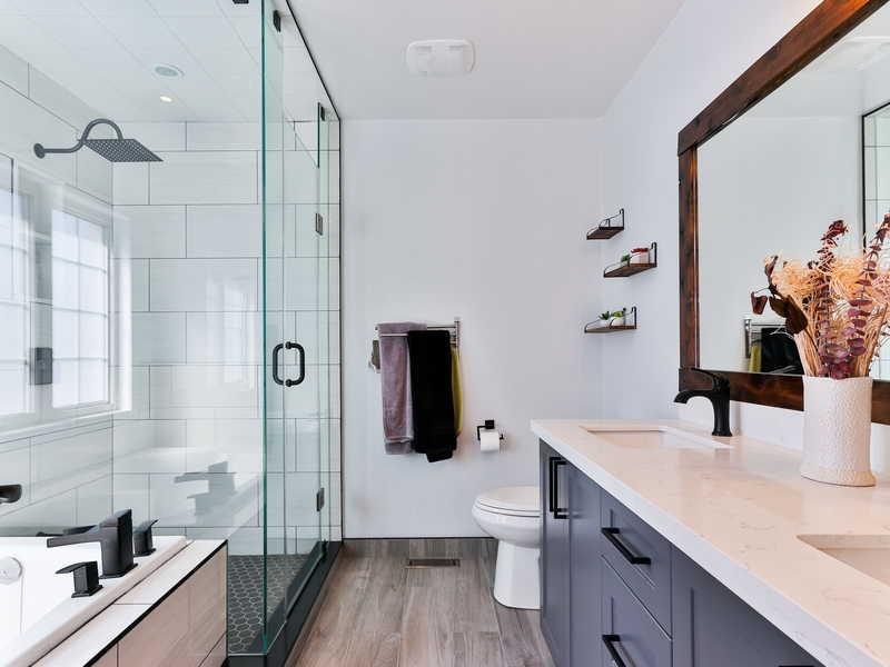 BATHROOM SHOWER ROODERPOORT